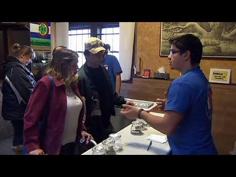 yt-1825-Kiffer-auf-Urlaub-Unternehmer-in-Colorado-entdecken-Marihuana-Tourismus
